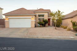 Photo of 710 Smokey Mountain Avenue, Henderson, NV 89012 (MLS # 2252311)