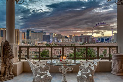 Photo of 1 HUGHES CENTER Drive, Unit 703, Las Vegas, NV 89169 (MLS # 1887006)