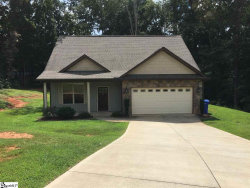Photo of 69 Thunderbird Drive, Travelers Rest, SC 29690 (MLS # 1373796)