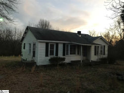 Photo of 343 Irby Road, Spartanburg, SC 29301 (MLS # 1385113)