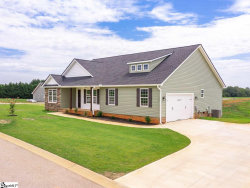 Photo of 158 DeYoung Meadows Drive, Greer, SC 29651 (MLS # 1393062)