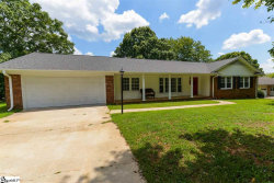 Photo of 215 Edgewood Drive, Mauldin, SC 29662 (MLS # 1399785)