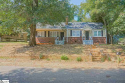 Photo of 150 N Cleveland Park Drive, Spartanburg, SC 29303 (MLS # 1402003)