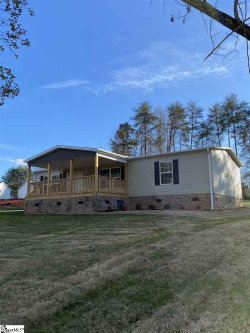 Photo of 45 W Burns Drive, Travelers Rest, SC 29690 (MLS # 1412150)