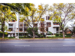 Photo of 500 E Del Mar Boulevard , Unit 32, Pasadena, CA 91101 (MLS # CV18059949)
