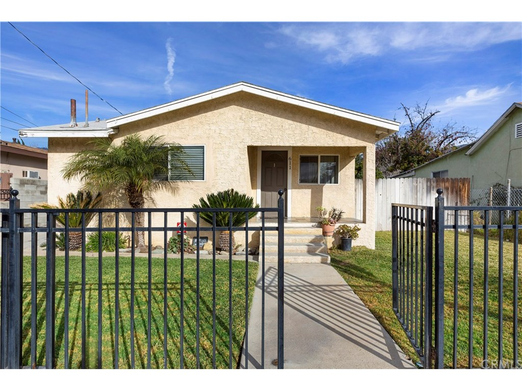 Photo for 611 Almond Avenue, Monrovia, CA 91016 (MLS # CV19012529)