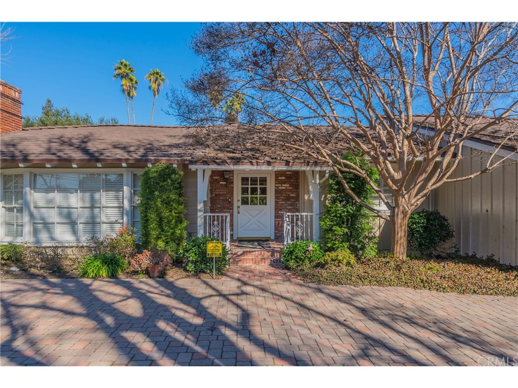 Photo for 431 W Foothill Boulevard, Arcadia, CA 91006 (MLS # CV19030475)