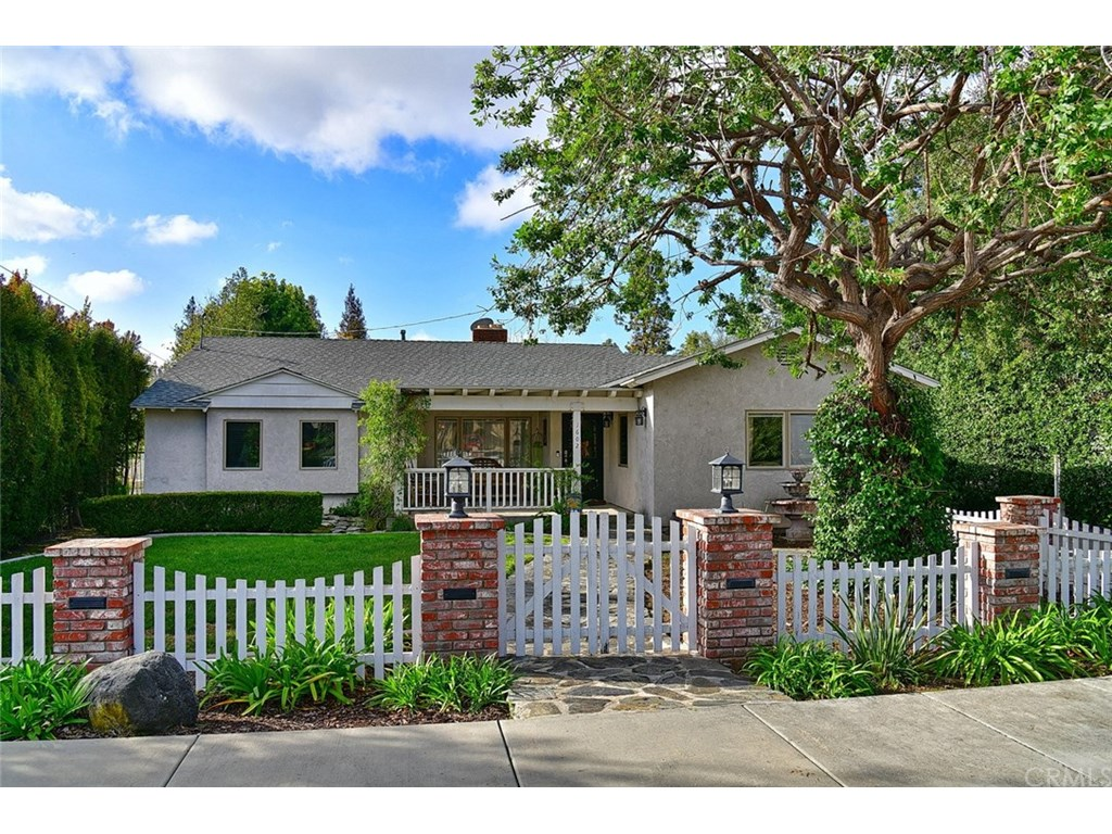Photo for 1602 Zara Street, Glendora, CA 91741 (MLS # CV19056318)