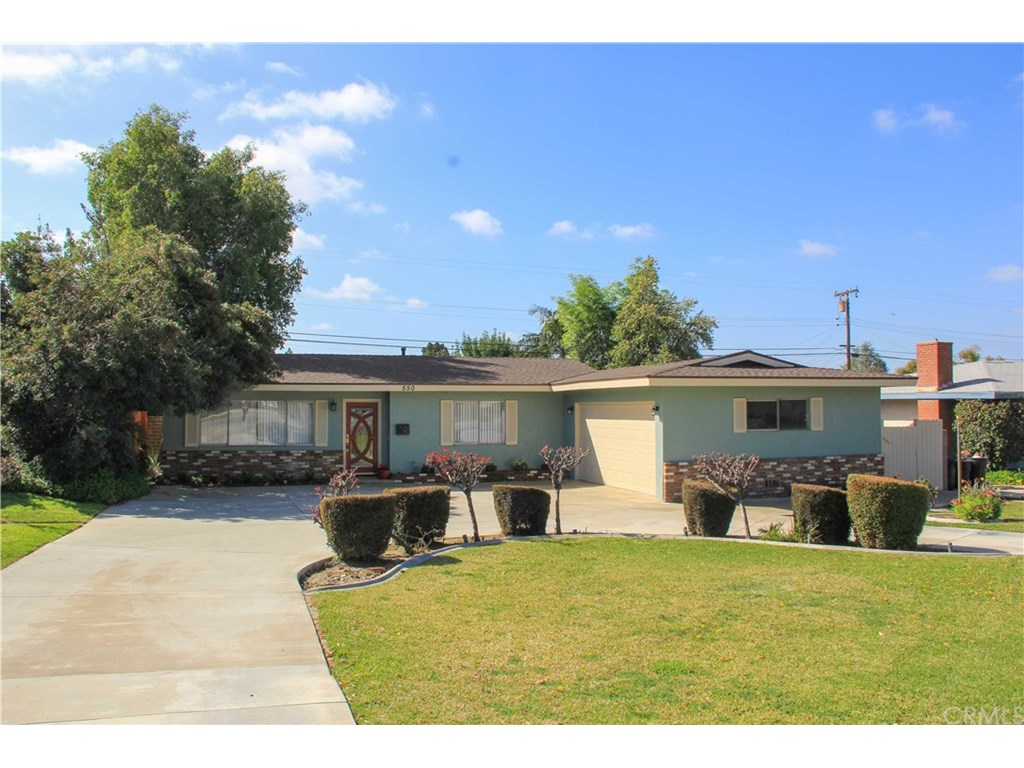 Photo for 550 E Foothill Boulevard, Glendora, CA 91741 (MLS # CV19057319)