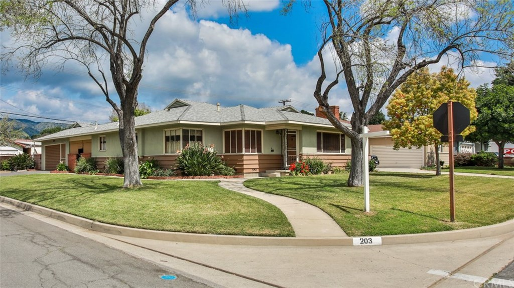Photo for 203 E 2nd Street, San Dimas, CA 91773 (MLS # CV19076332)
