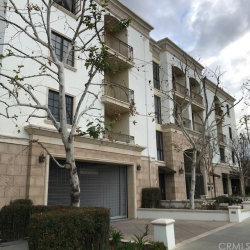 Photo of 333 N N.Hill Avenue, Unit 304, Pasadena, CA 91106 (MLS # CV20041408)