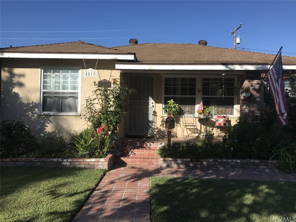 Photo for 4519 Dunrobin Avenue, Lakewood, CA 90713 (MLS # DW19266252)