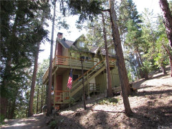Photo of 481 Pyramid Drive, Lake Arrowhead, CA 92352 (MLS # EV17178973)