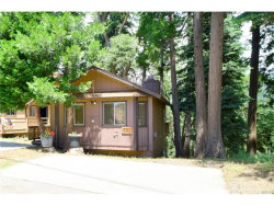Photo of 691 Ivy Lane, Lake Arrowhead, CA 92352 (MLS # EV17190502)
