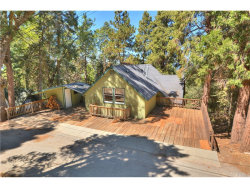 Photo of 834 Pine Trail, Twin Peaks, CA 92391 (MLS # EV17195259)