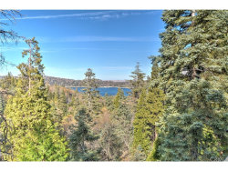 Photo of 574 Sunderland Court, Lake Arrowhead, CA 92352 (MLS # EV17258893)