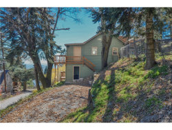 Photo of 1376 Valley View Drive, Crestline, CA 92325 (MLS # EV17264421)