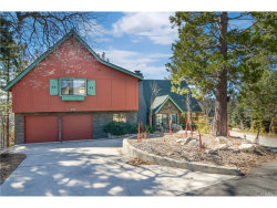 Photo of 830 Wild Rose Circle, Lake Arrowhead, CA 92352 (MLS # EV18037248)