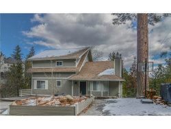Photo of 695 Sutter Lane, Lake Arrowhead, CA 92352 (MLS # EV18043359)