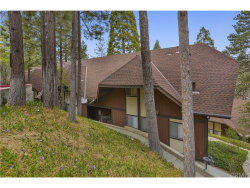 Photo of 966 Willow Creek Road , Unit 28, Lake Arrowhead, CA 92352 (MLS # EV18092069)