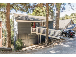 Photo of 1106 Scenic Way, Rimforest, CA 92378 (MLS # EV18221902)