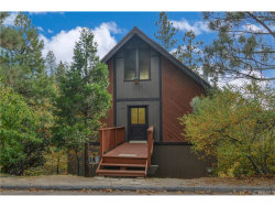 Photo of 27115 Ironwood Lane, Lake Arrowhead, CA 92352 (MLS # EV18261821)