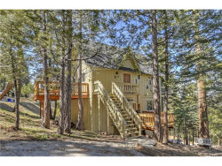 Photo of 523 Pioneer Road, Lake Arrowhead, CA 92352 (MLS # EV19067040)