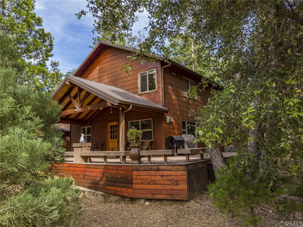 Photo for 52901 Chapparal Drive, Oakhurst, CA 93644 (MLS # FR19131331)