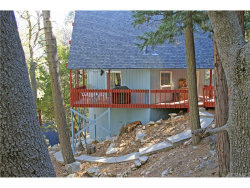 Photo of 327 Hillside Road, Lake Arrowhead, CA 92352 (MLS # IV18038135)