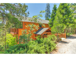Photo of 683 Grass Valley Road, Lake Arrowhead, CA 92352 (MLS # IV18090241)