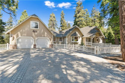 Photo of 28968 White Dove Lane, Lake Arrowhead, CA 92352 (MLS # IV19215951)