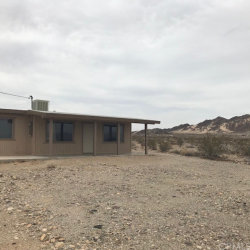 Photo of 79068 Valley Vista Road, 29 Palms, CA 92277 (MLS # JT18191815)