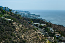 Photo of 730 Fontana Way, Laguna Beach, CA 92651 (MLS # LG17143254)