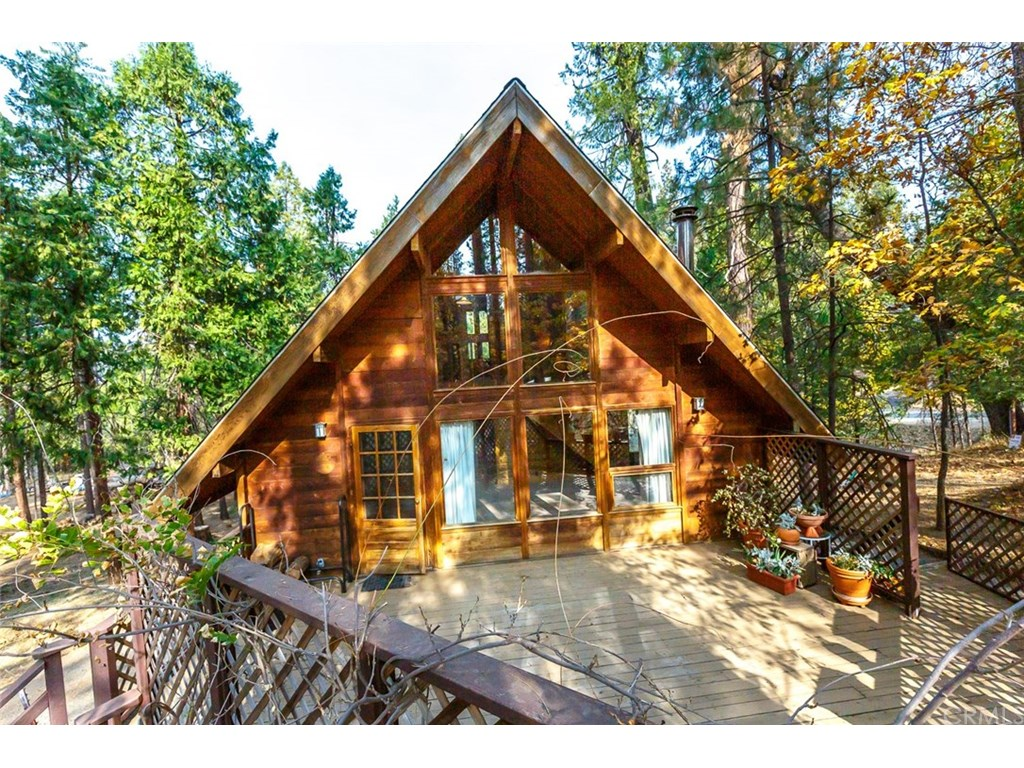 Photo for 7087 Snyder Ridge Road, Mariposa, CA 95338 (MLS # MP18269416)