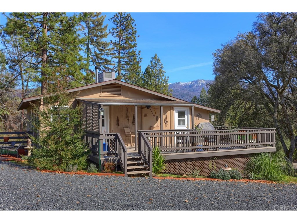 Photo for 5511 Clouds Rest, Mariposa, CA 95338 (MLS # MP19017032)
