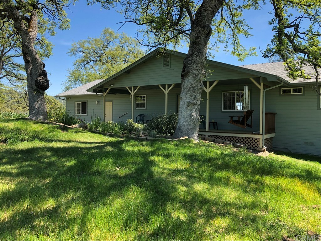 Photo for 2587 Mountain Way, Mariposa, CA 95338 (MLS # MP19087451)