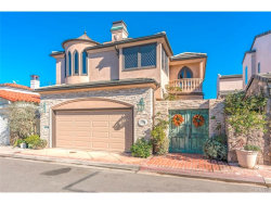 Photo of 226 Via Graziana, Newport Beach, CA 92663 (MLS # NP18249479)