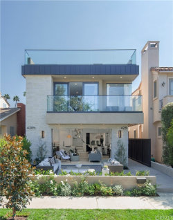 Photo of 428 Fernleaf Avenue, Corona del Mar, CA 92625 (MLS # NP20144977)