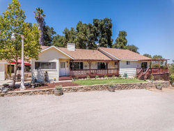 Photo of 1550 Ridge Road, Templeton, CA 93465 (MLS # NS17118285)