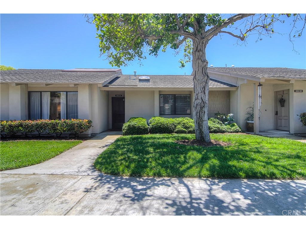 Photo for 8565 Larkhall Circle , Unit 801D, Huntington Beach, CA 92646 (MLS # OC17131162)