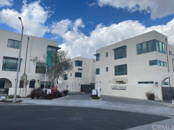 Photo of 2925 W Exposition Place, Unit 5, Los Angeles, CA 90018 (MLS # OC20224316)