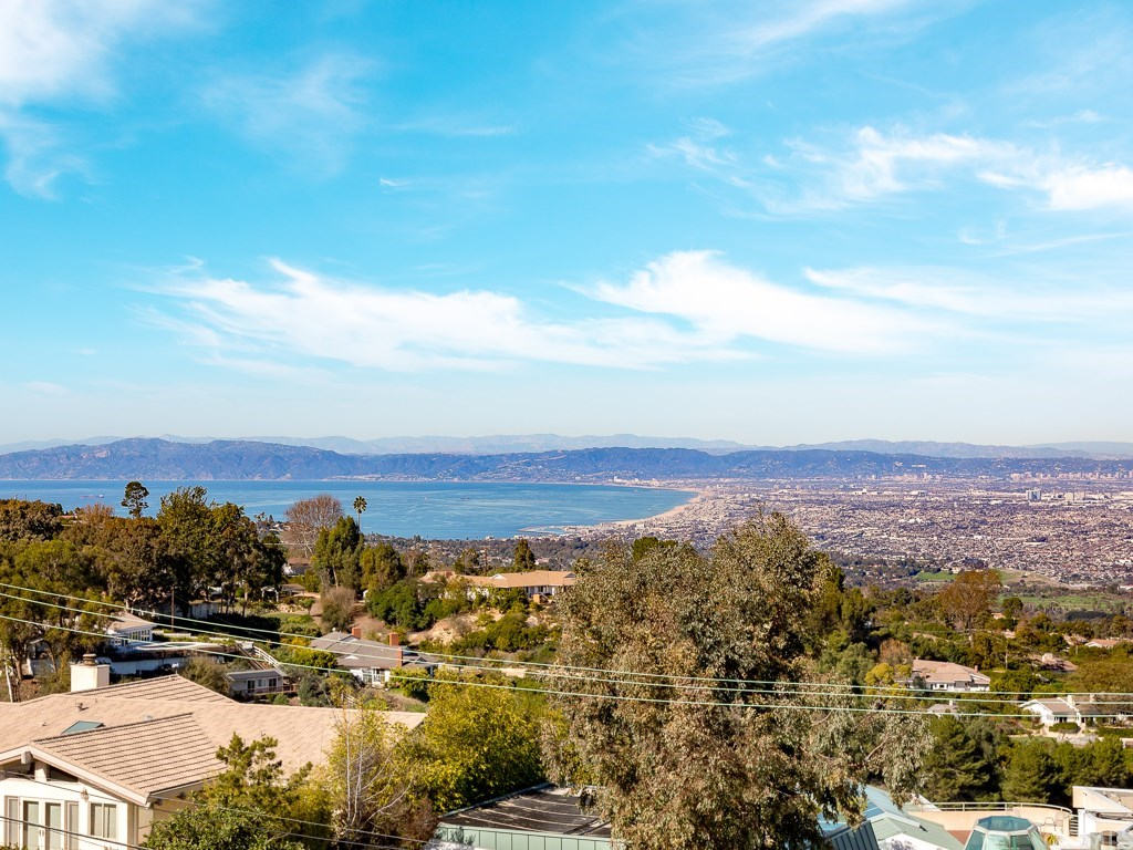 Photo for 6 Paseo De Castana, Rancho Palos Verdes, CA 90275 (MLS # PV19028664)