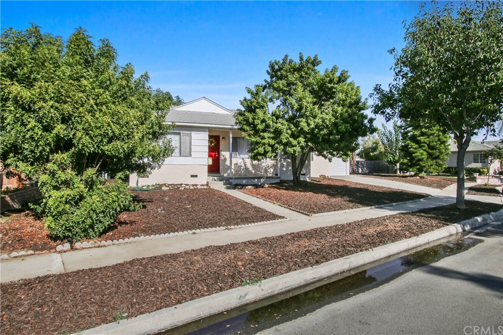 Photo for 6239 Mcknight Drive, Lakewood, CA 90713 (MLS # PV19232953)