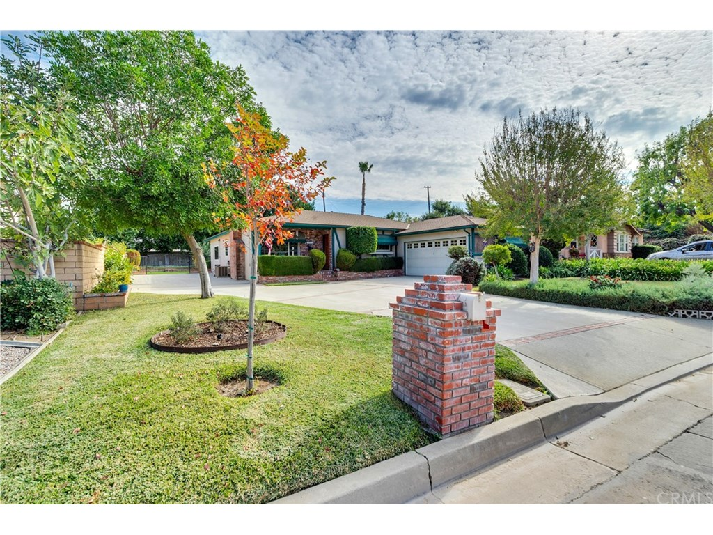 Photo for 1340 N Cataract Avenue, San Dimas, CA 91773 (MLS # PW18272001)