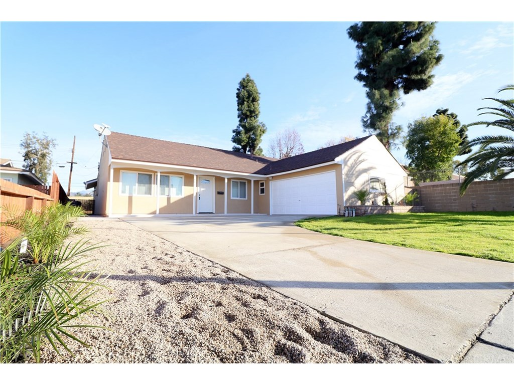 Photo for 1883 E Venton Street, Covina, CA 91724 (MLS # PW19020320)