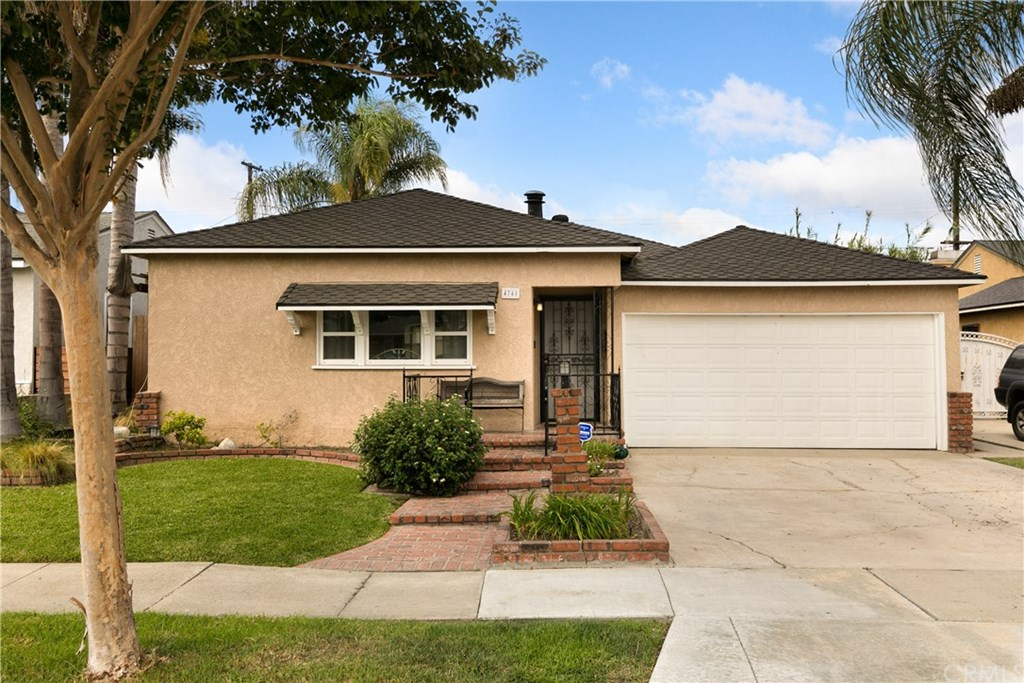 Photo for 4741 Vangold Avenue, Lakewood, CA 90712 (MLS # PW19223611)