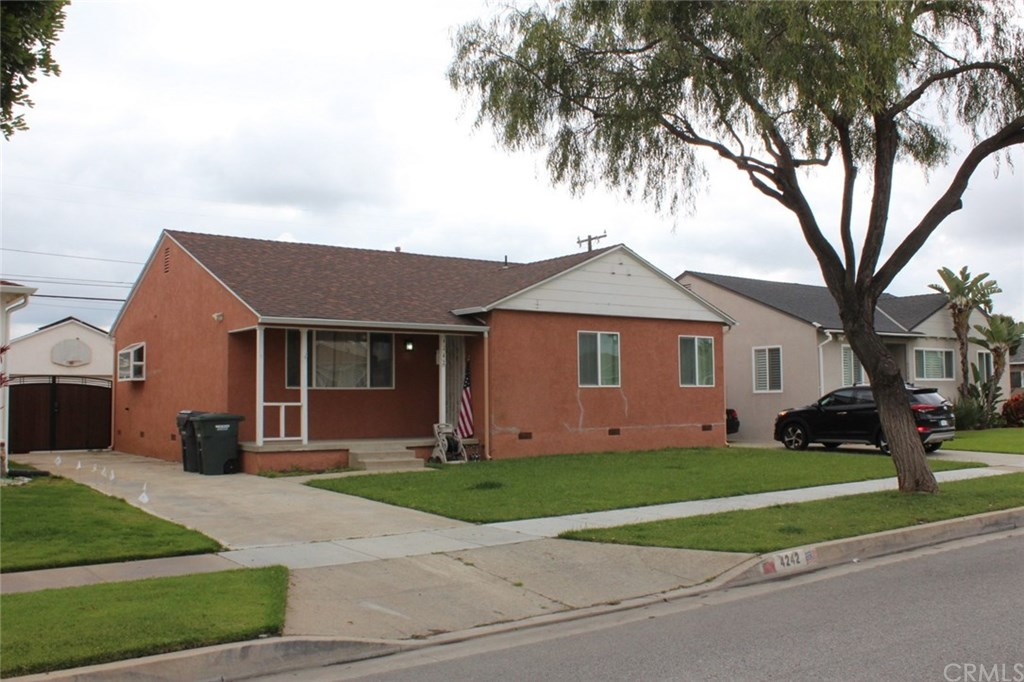 Photo for 4242 Maybank Avenue, Lakewood, CA 90712 (MLS # PW20069736)