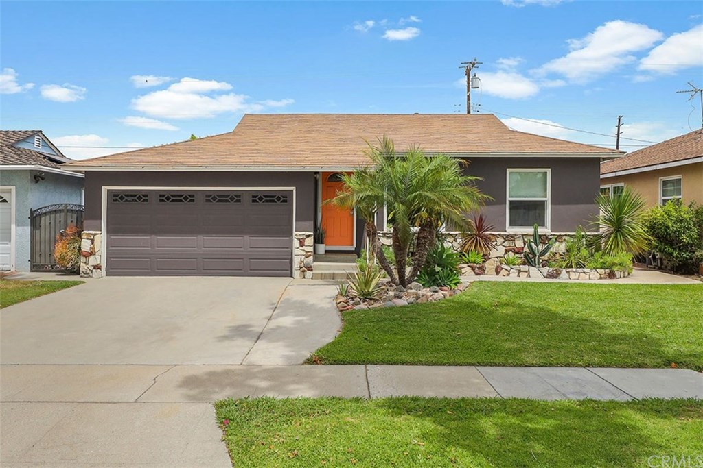 Photo for 4120 Conquista Avenue, Lakewood, CA 90713 (MLS # PW20102958)