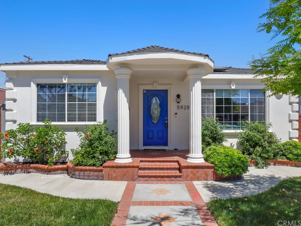 Photo for 5928 Premiere Avenue, Lakewood, CA 90712 (MLS # PW20110052)