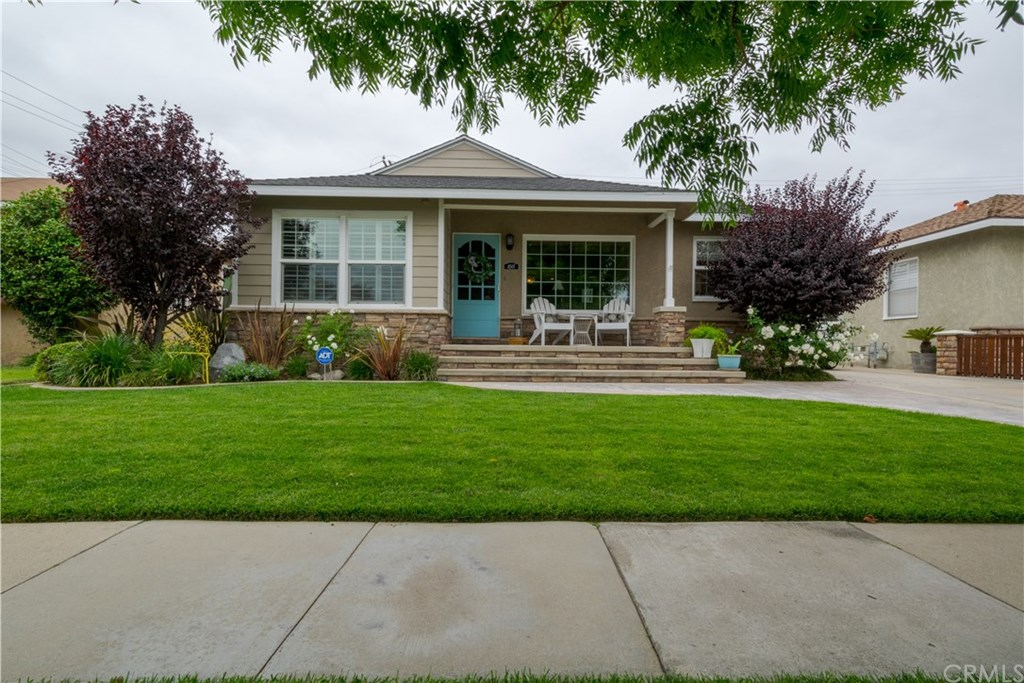 Photo for 4507 Ostrom Avenue, Lakewood, CA 90713 (MLS # PW20119770)